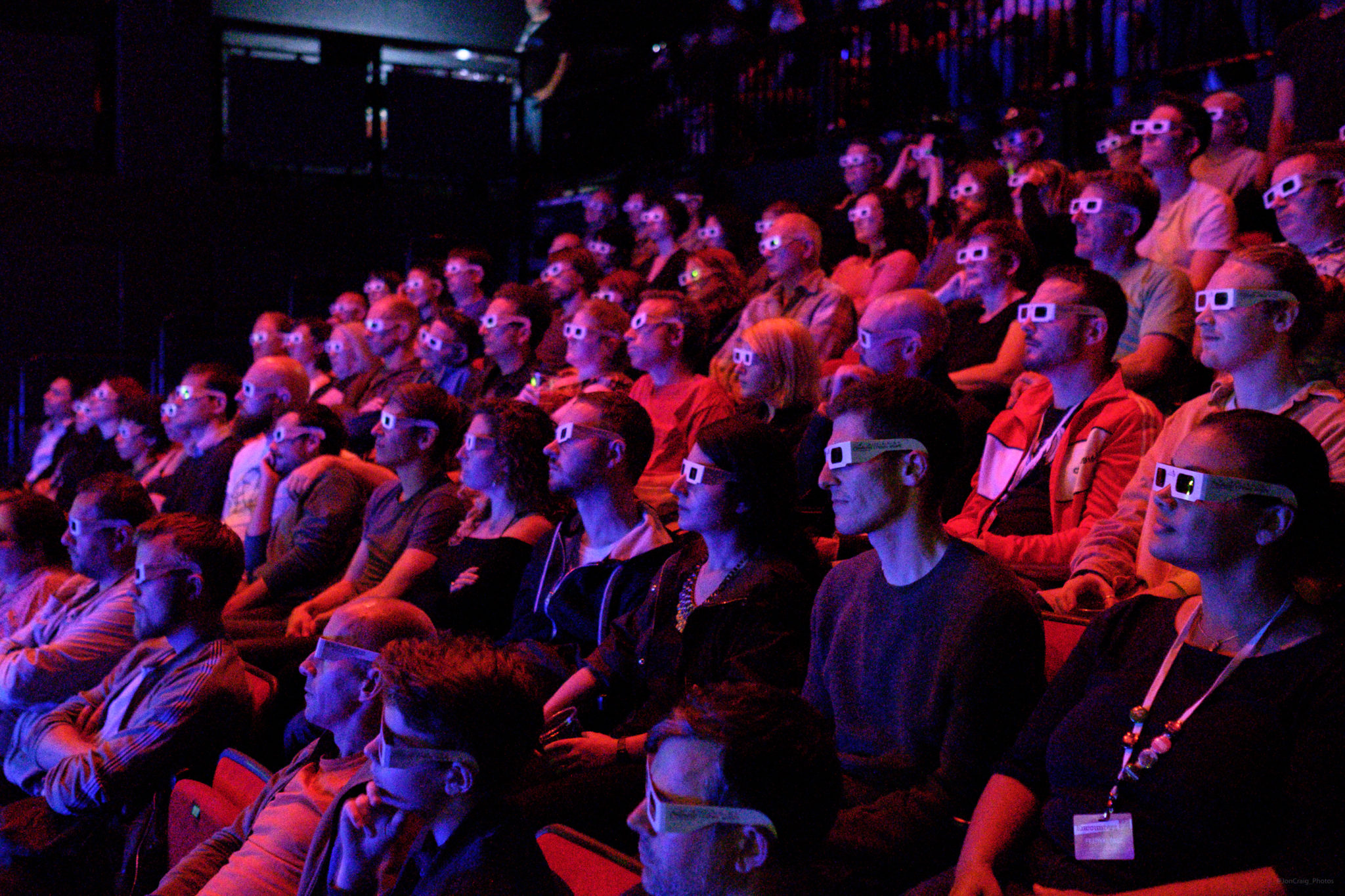 Audiences view 3D at Encounters 2017 (c) Jon Craig